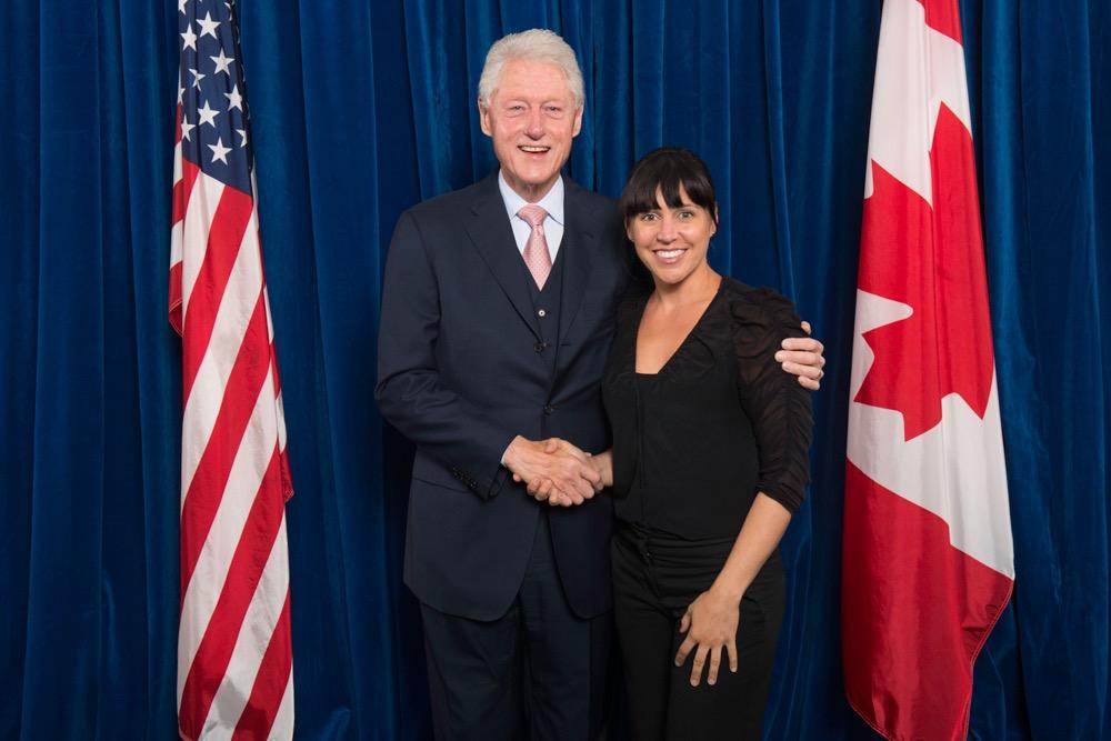 Lindsey-Donovan-with-Bill-Clinton